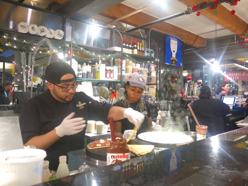 5 Best Places to Eat in Chelsea Market! - EatandTravelWithUs