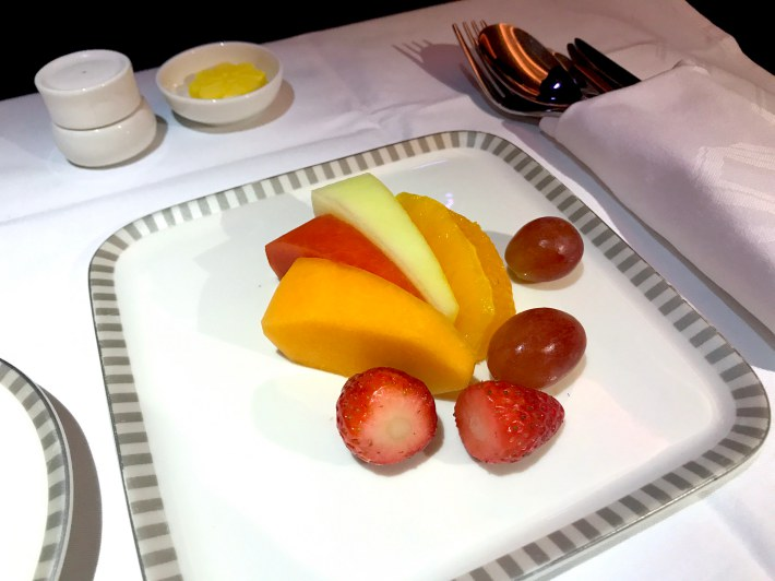 Singapore Airlines A380 New Business Class Review - Singapore to
